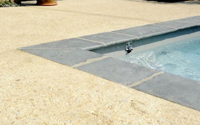 image-beton-boucharde-sol-piscine