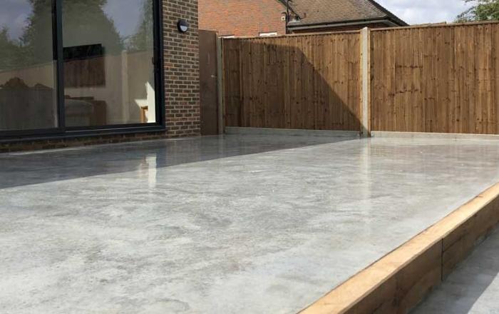 image-terrasse-pas-chere-en-beton-lisse