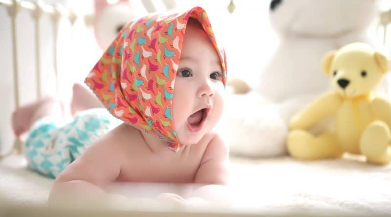 Quels sont les accessoires indispensables de lit pour bébé ?
